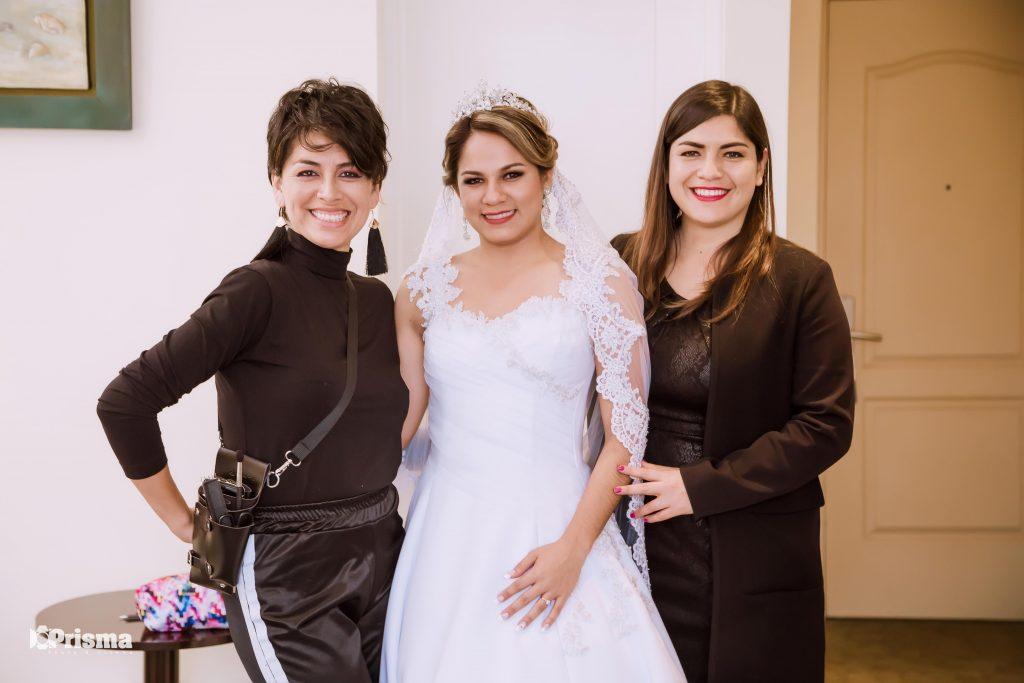 Susana Morales y su equipo de trabajo.