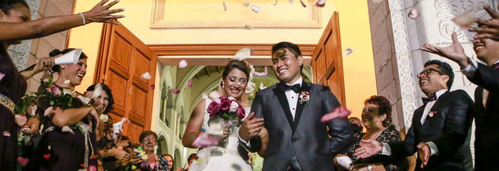 Sharon y Sharim en su boda.