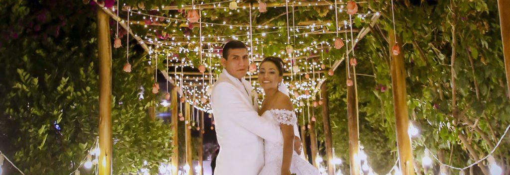 Fernanda y Edgar en su boda.