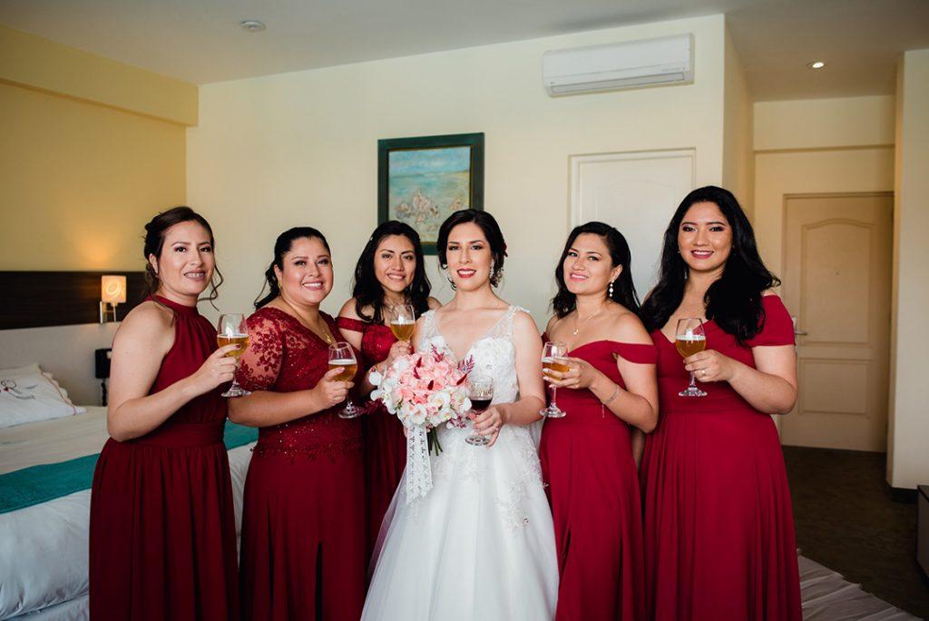 ¿Cómo deben vestirse para la boda? - Las damas de honor - El blog de Su - Susana Morales Wedding & Event Planner