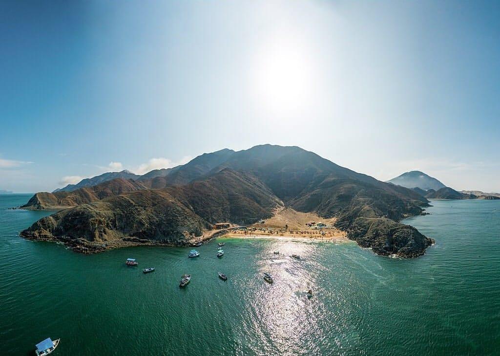 Playa Caleta Colorada - Destinos increiblespara luna de miel y sesiones de fotos en Ancash - El blog de Su - Susana Morales Wedding & Event Planner