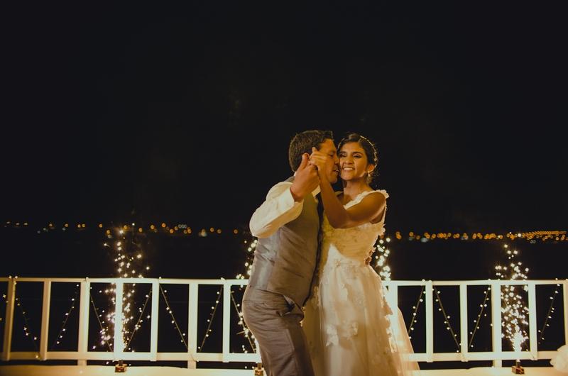Playa la Tortugas - Boda de Fátima y Enrique - 5 Destinos para luna de miel y sesiones de fotos en Ancash - El blog de Su - Susana Morales Wedding & Event Planner