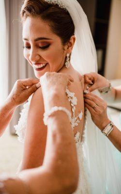 Fotos más naturales - ¿Boda de día o de noche? Ventajas y desventajas que te ayudarán a elegir el horario ideal para tu boda.